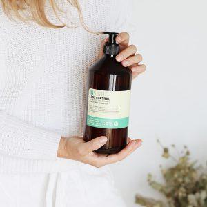 szampon przeciw wypadaniu włosów, szampon do wypadających włosów, naturalny szampon insight, szampon insight loss control, szampon przeciwdziałający wypadaniu włosów, szampon wzmacniający